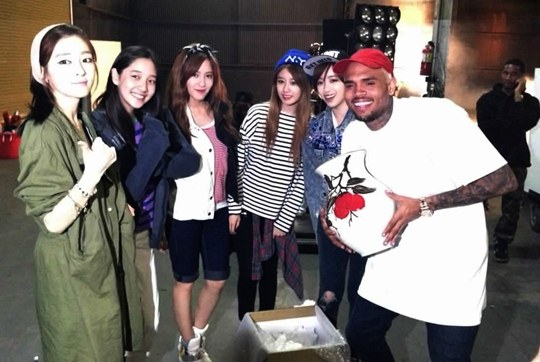 T-ARA-N4-et-Chris-Brown